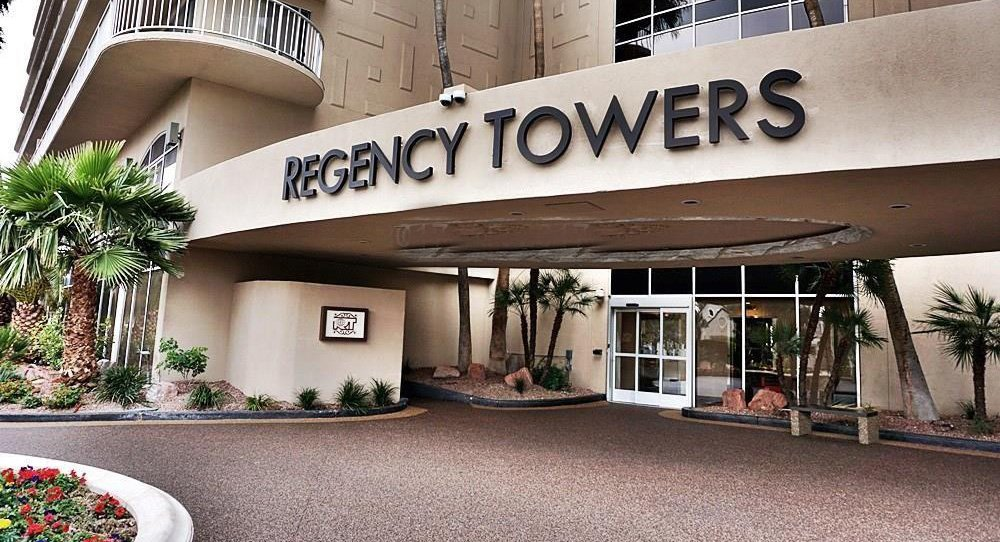 Regency Towers Las Vegas Enterance