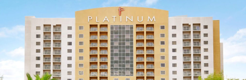 Platinum Condo Hotel Las Vegas outside view1