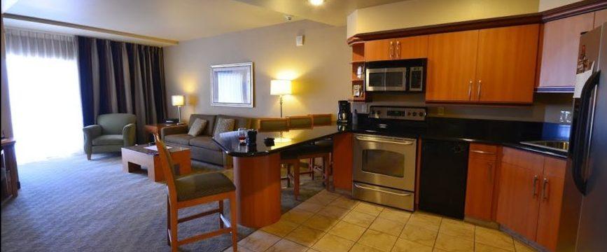 Platinum Condo Hotel Las Vegas room view2