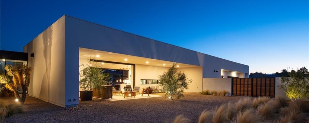 Rooftop Deck Homes for Sale in Las Vegas backyard