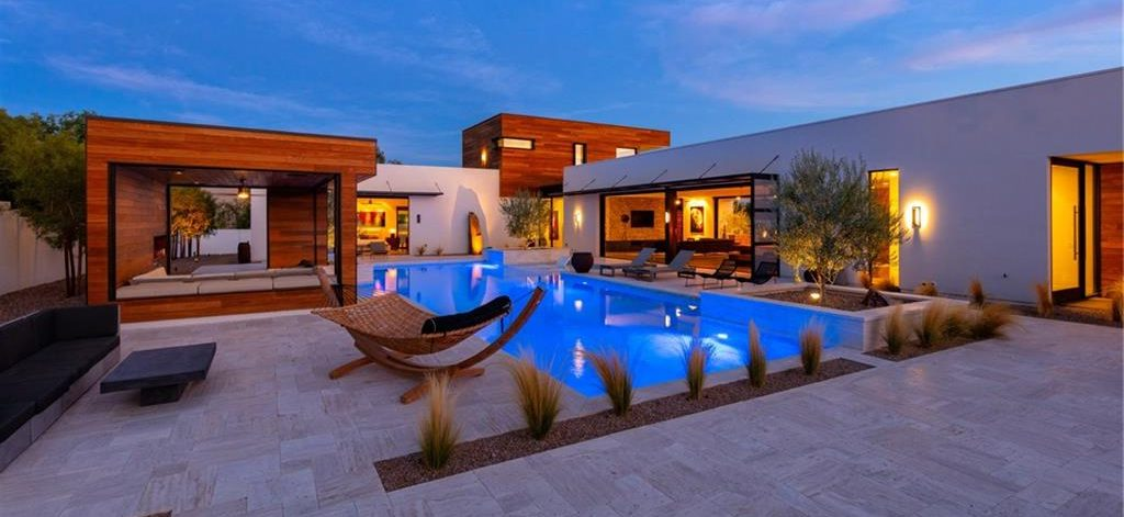 Rooftop Deck Homes for Sale in Las Vegas view