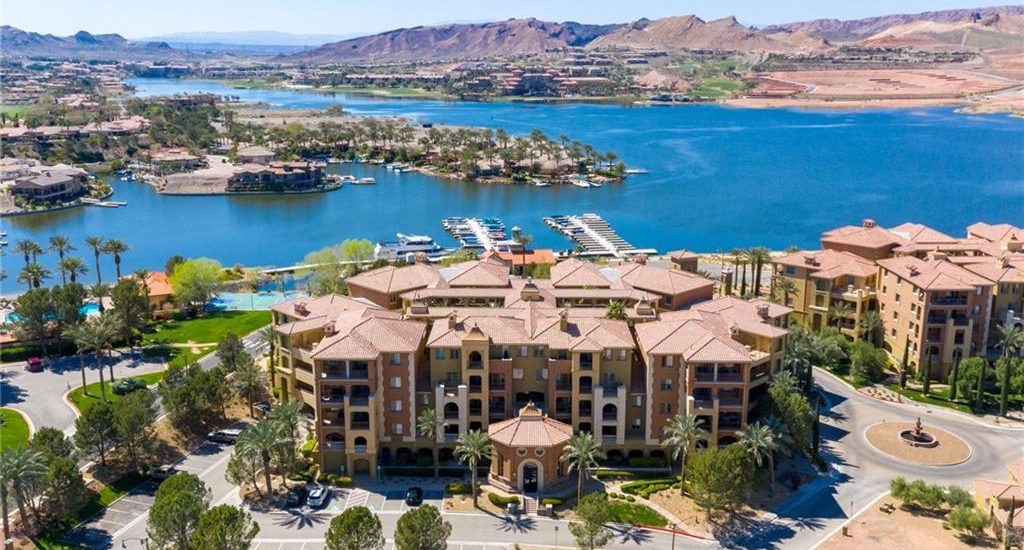 Luxury Condominiums for sale in Las Vegas waterfront view